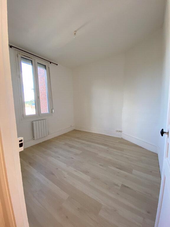 Appartement à louer 2 38m2 à Chauny vignette-3