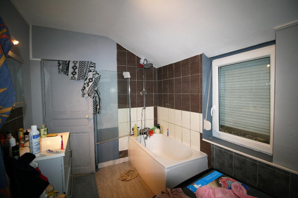 Maison à vendre 4 99m2 à Tergnier vignette-5