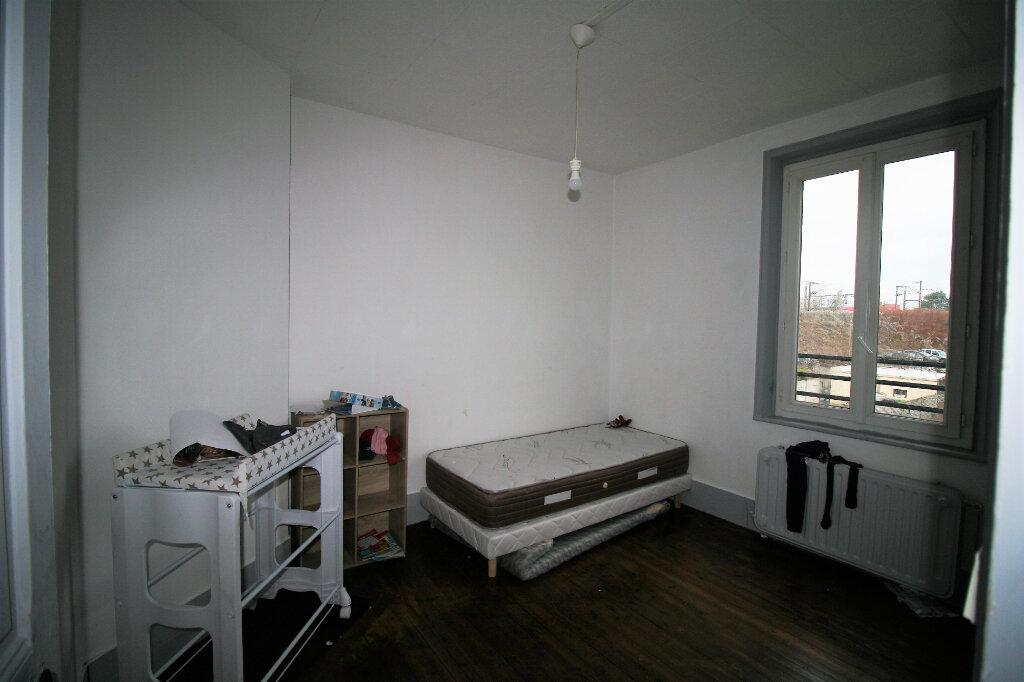 Maison à vendre 4 99m2 à Tergnier vignette-6