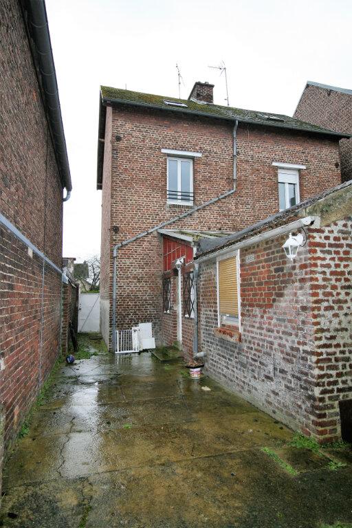Maison à vendre 4 99m2 à Tergnier vignette-7