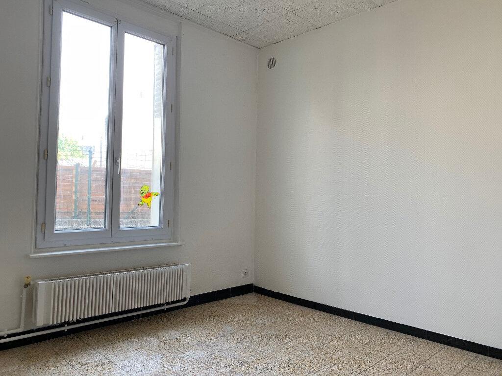 Immeuble à vendre 0 204m2 à Tergnier vignette-7