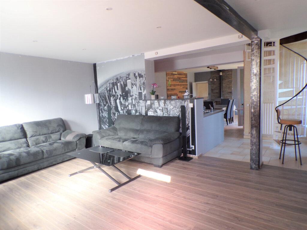 Maison à vendre 8 200m2 à Crépy vignette-2