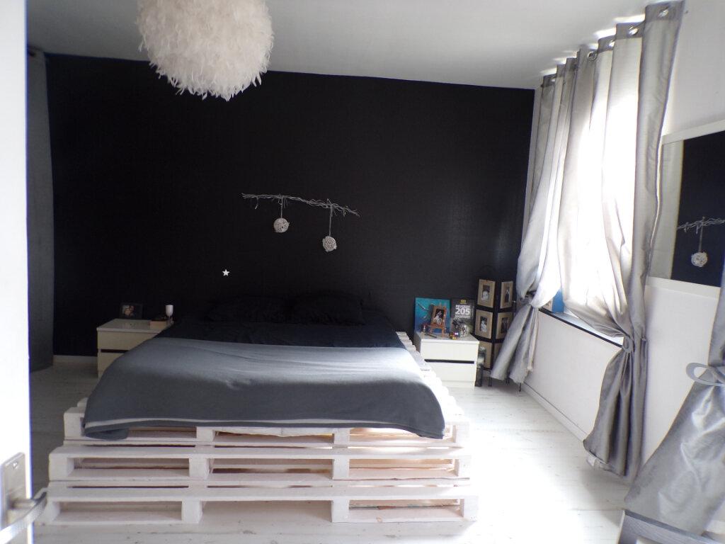 Maison à vendre 8 200m2 à Crépy vignette-5