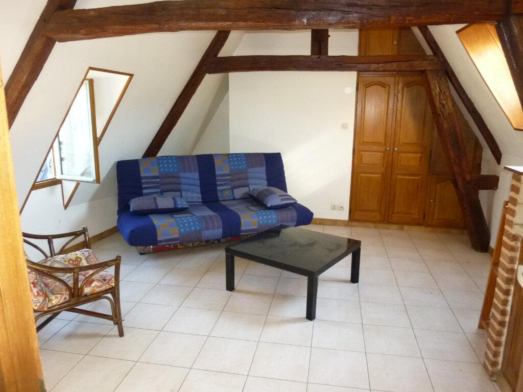 Appartement à louer 1 15.51m2 à Laon vignette-2