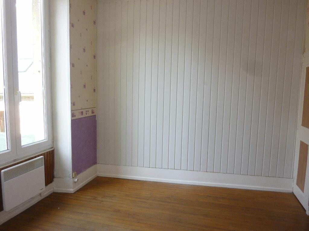 Appartement à louer 2 43m2 à Laon vignette-3