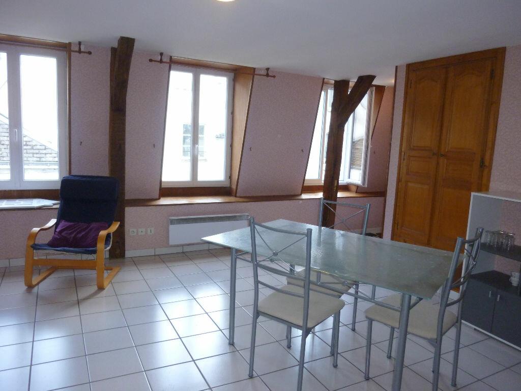 Appartement à louer 2 42m2 à Laon vignette-1