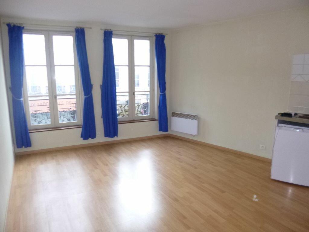 Appartement à louer 1 29m2 à Laon vignette-1