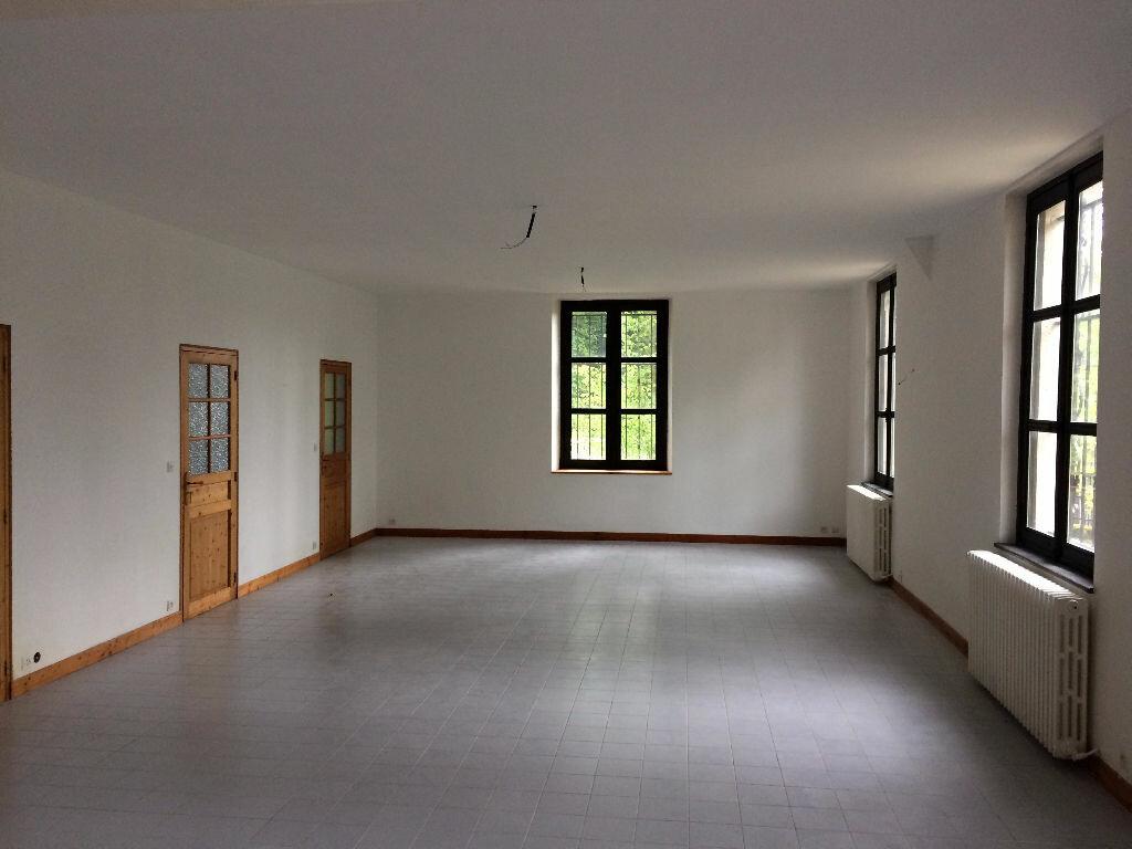 Maison à vendre 8 350m2 à Merlieux-et-Fouquerolles vignette-2