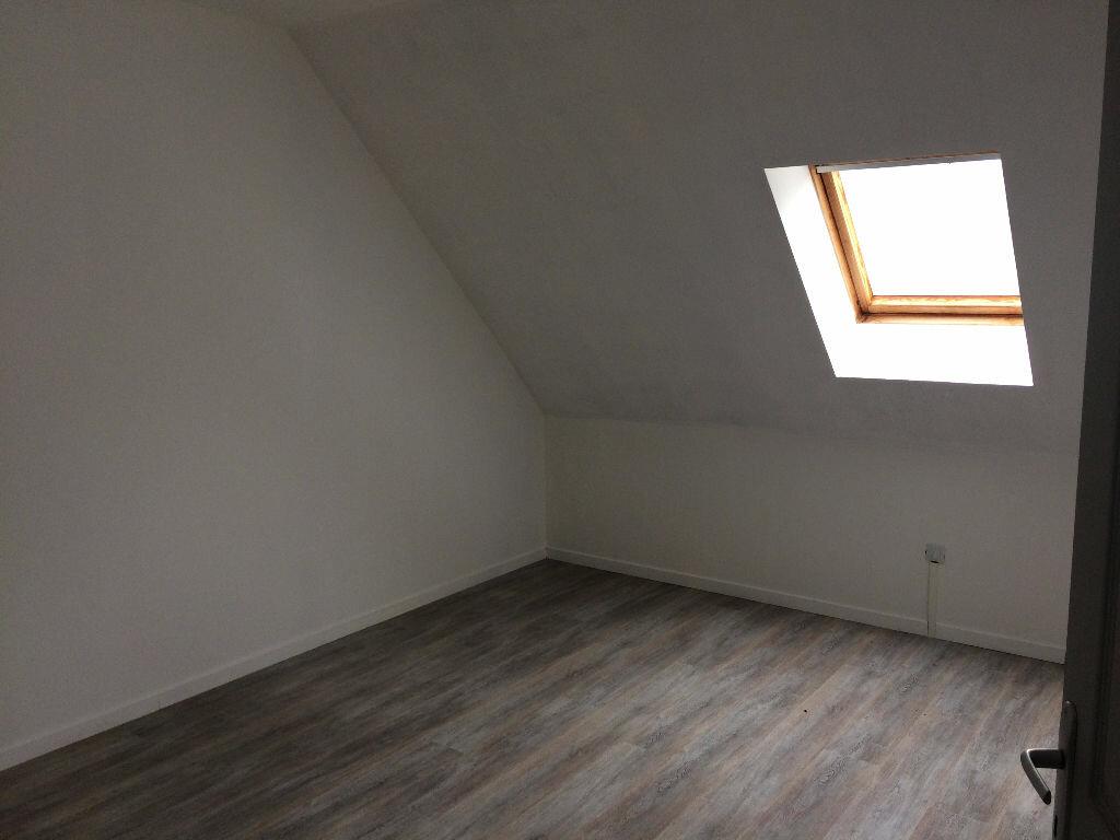 Maison à vendre 8 350m2 à Merlieux-et-Fouquerolles vignette-6
