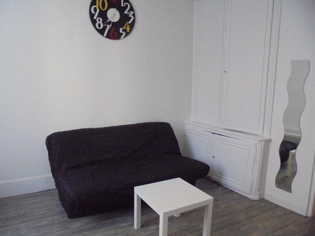 Appartement à louer 1 21.05m2 à Laon vignette-3