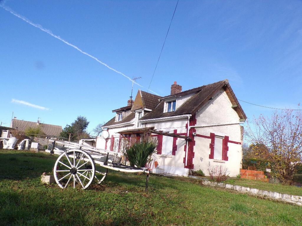 Maison à vendre 5 90m2 à Anizy-le-Château vignette-1