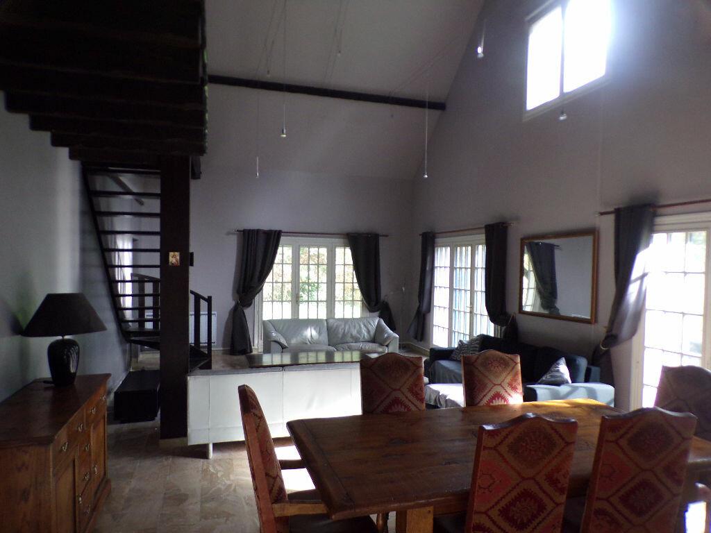 Maison à vendre 8 230m2 à Anizy-le-Château vignette-2