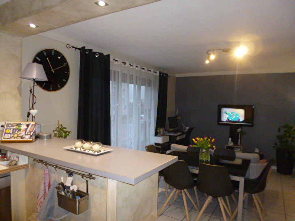 Appartement à vendre 3 60m2 à Laon vignette-1