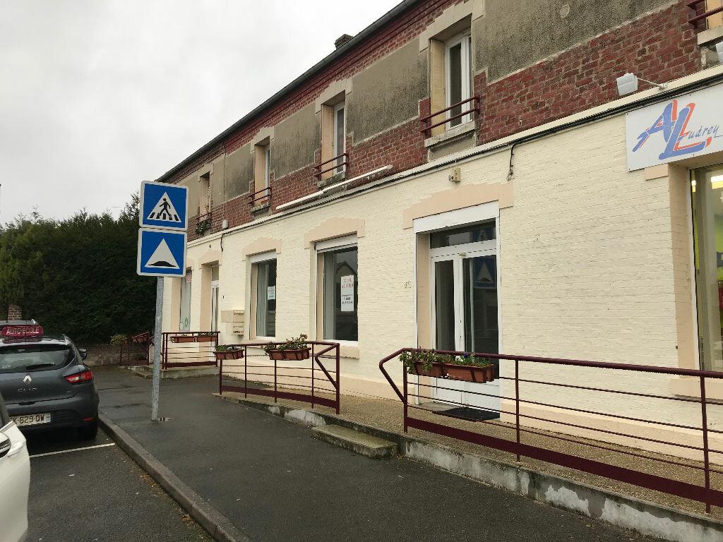 Local commercial à louer 0 56m2 à Couvron-et-Aumencourt vignette-1