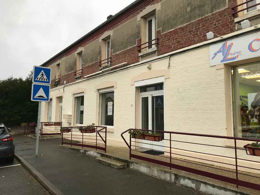 Local commercial à louer 0 56m2 à Couvron-et-Aumencourt vignette-2