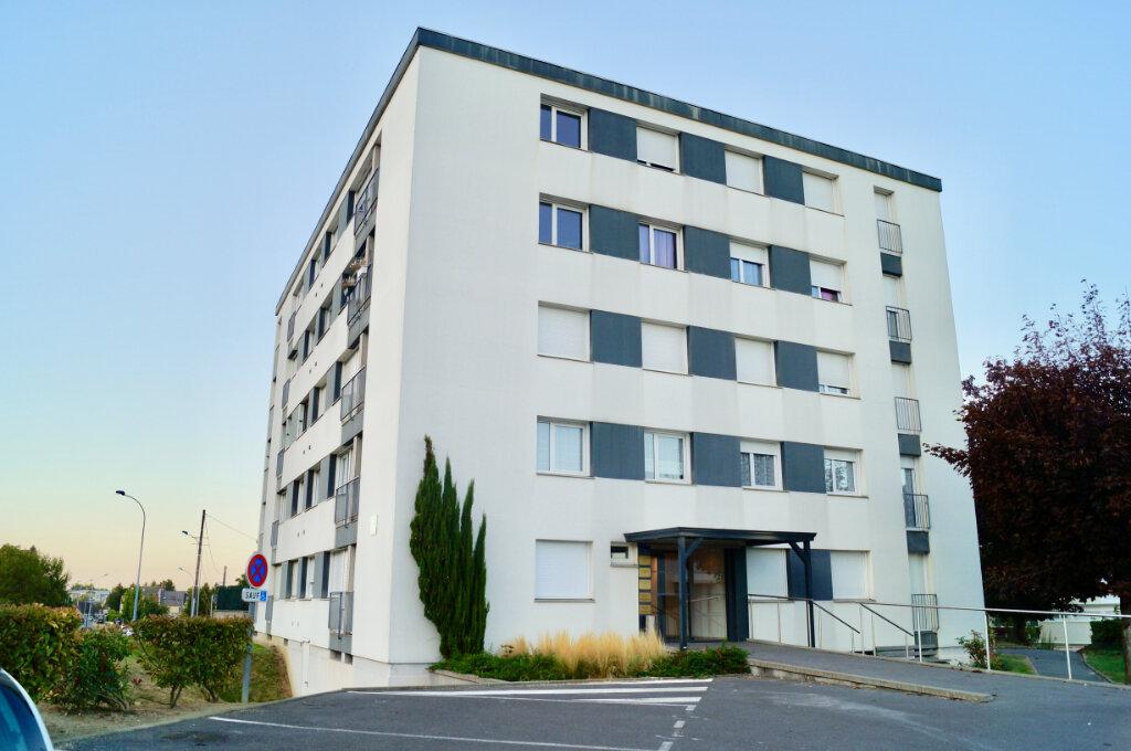 Appartement à vendre 5 90m2 à Laon vignette-1