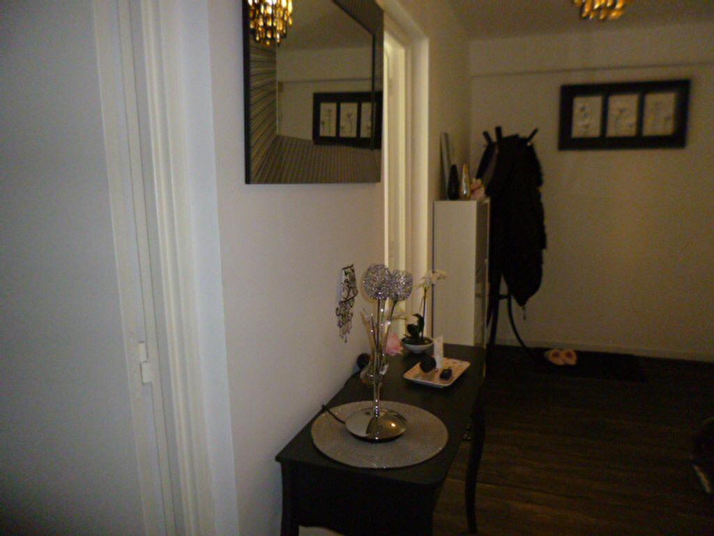 Appartement à vendre 5 90m2 à Laon vignette-9