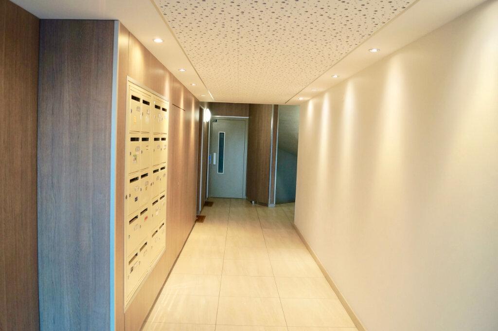 Appartement à vendre 3 62m2 à Laon vignette-2