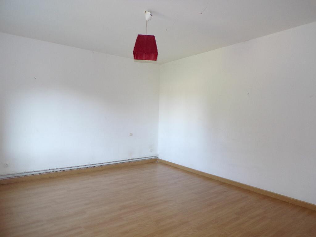 Maison à vendre 5 120m2 à Nouvion-le-Comte vignette-4