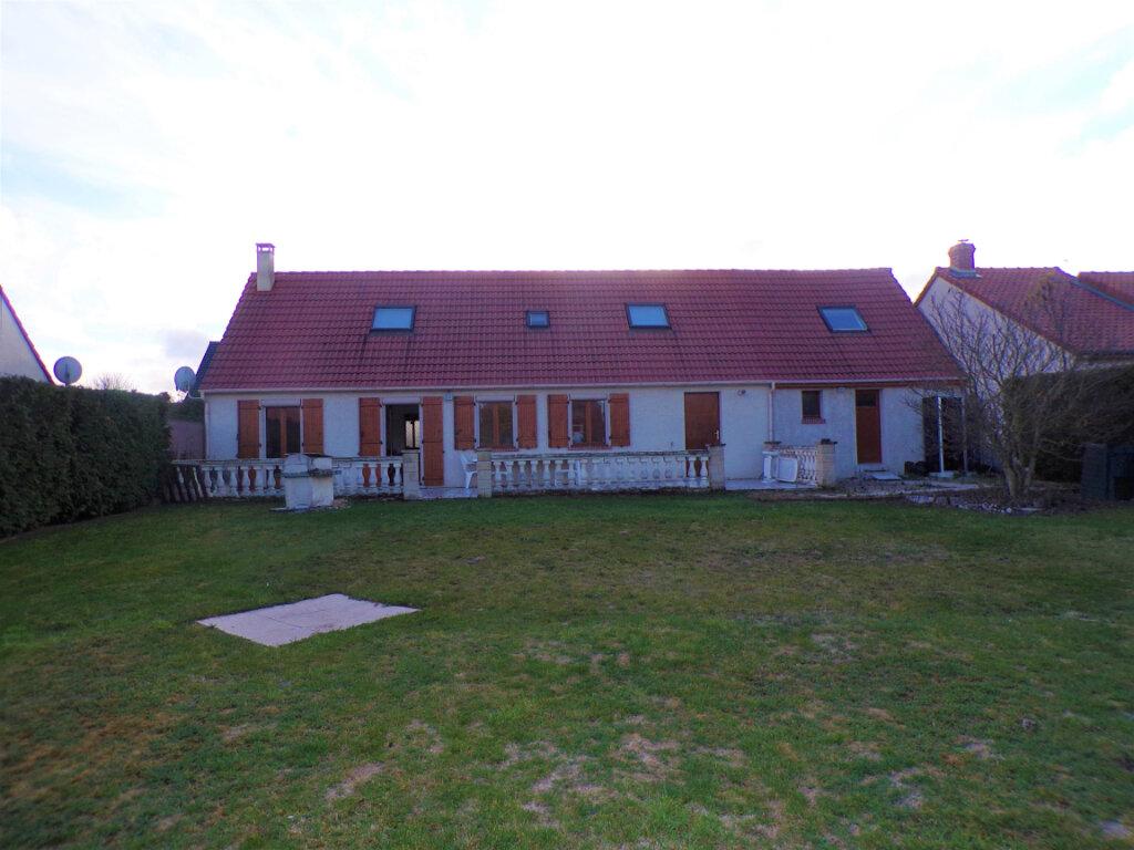 Maison à vendre 5 145m2 à Chambry vignette-1