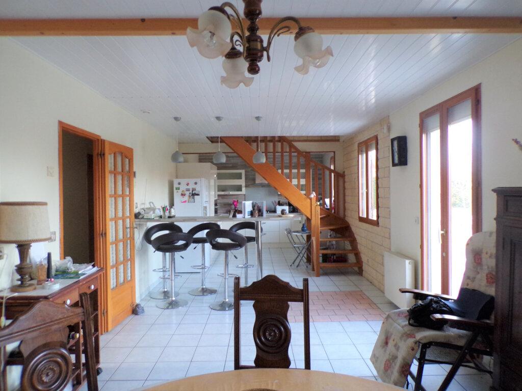 Maison à vendre 5 145m2 à Chambry vignette-2
