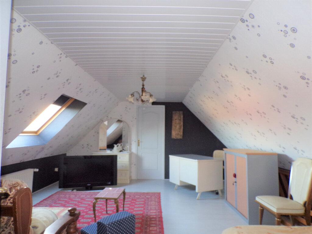 Maison à vendre 5 145m2 à Chambry vignette-3
