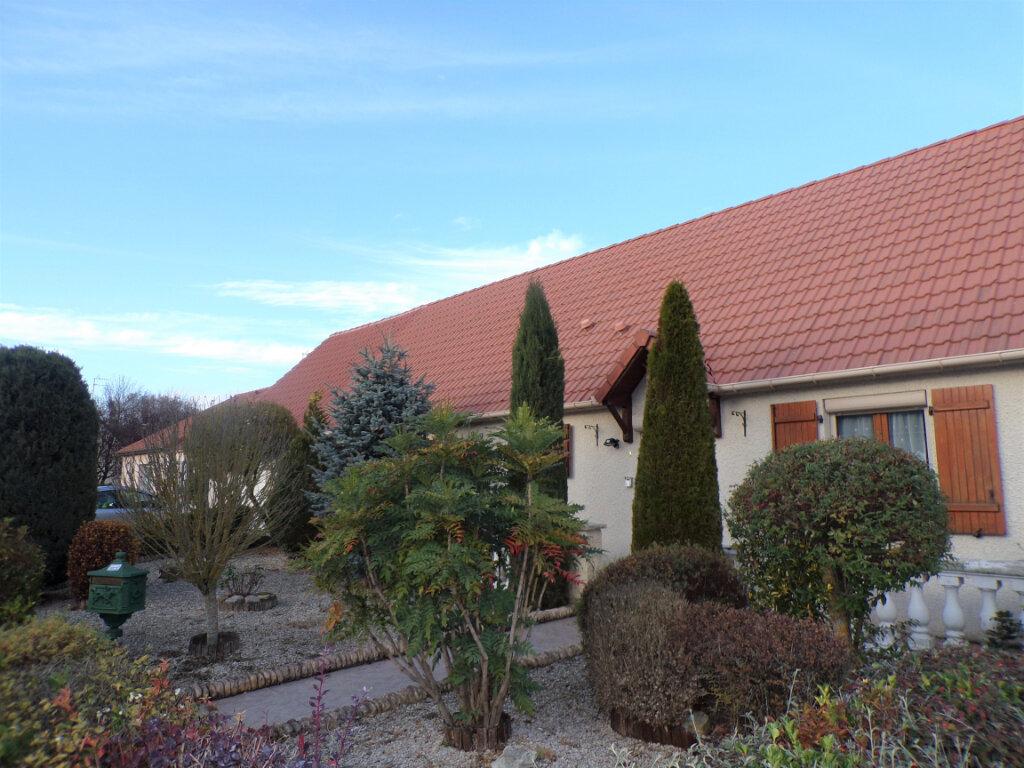 Maison à vendre 5 145m2 à Chambry vignette-5