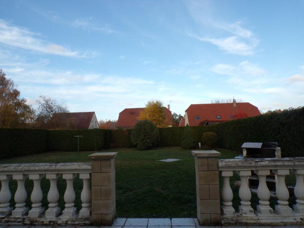 Maison à vendre 5 145m2 à Chambry vignette-13