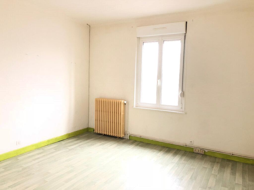 Maison à vendre 3 65m2 à Saint-Erme-Outre-et-Ramecourt vignette-1