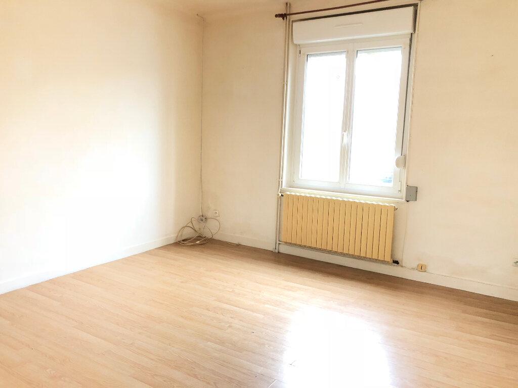 Maison à vendre 3 65m2 à Saint-Erme-Outre-et-Ramecourt vignette-4