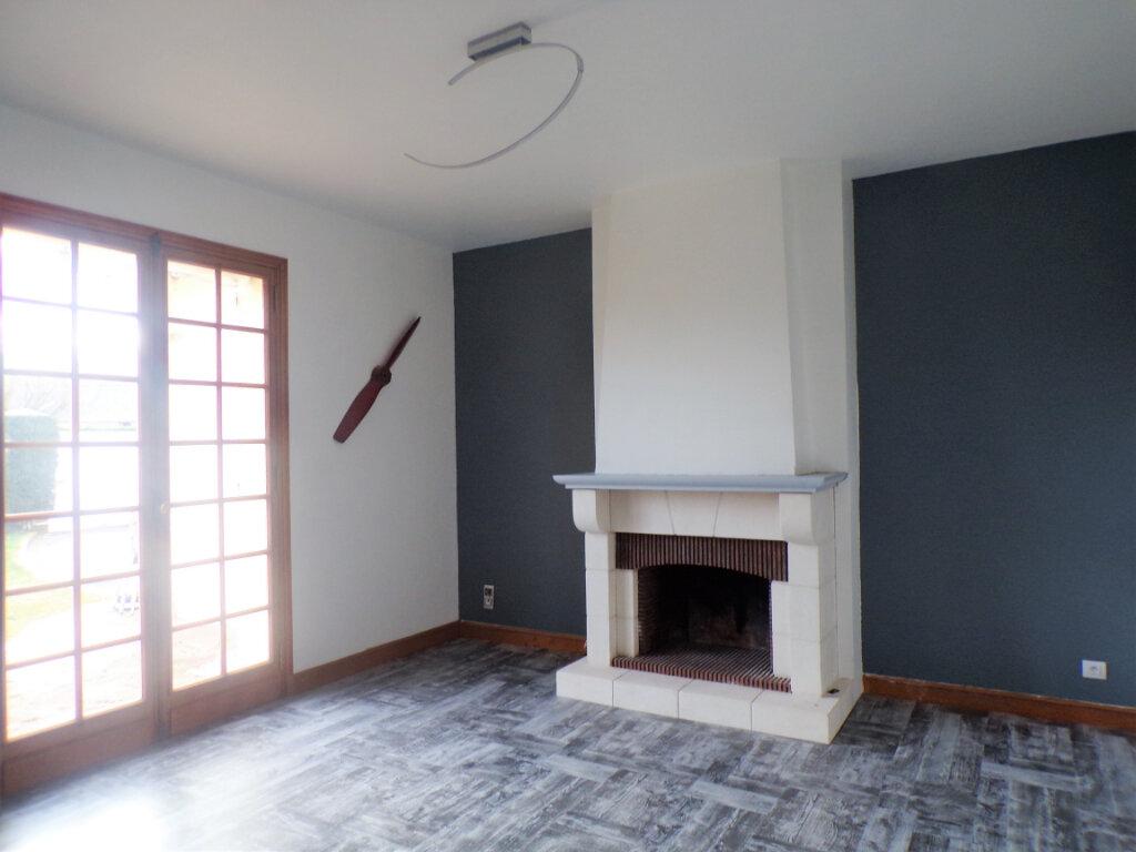 Maison à vendre 8 300m2 à Crépy vignette-4