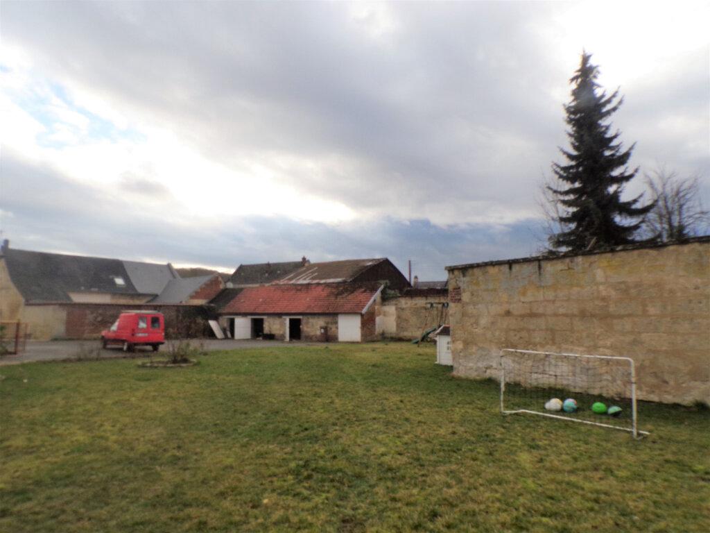 Maison à vendre 8 300m2 à Crépy vignette-13