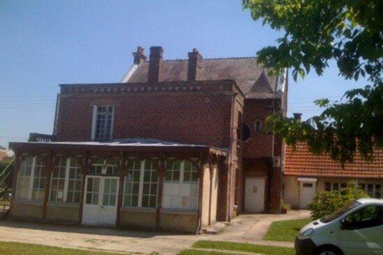 Maison à vendre 10 250m2 à Crépy vignette-1
