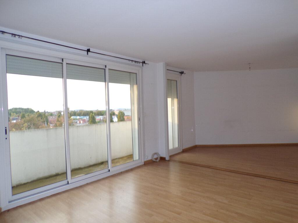 Appartement à vendre 4 69m2 à Laon vignette-1
