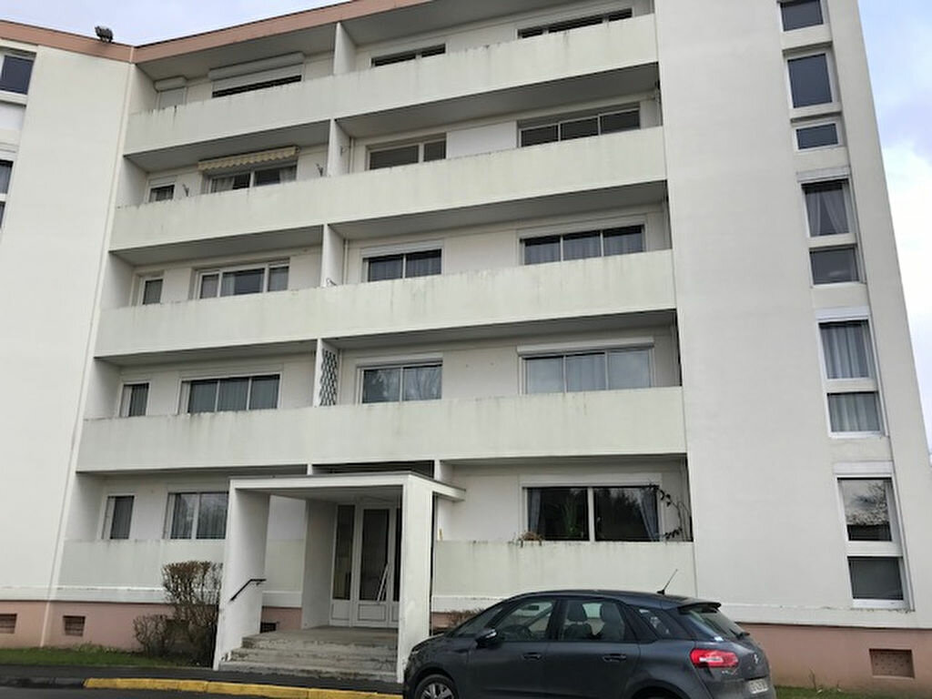 Appartement à vendre 4 69m2 à Laon vignette-2