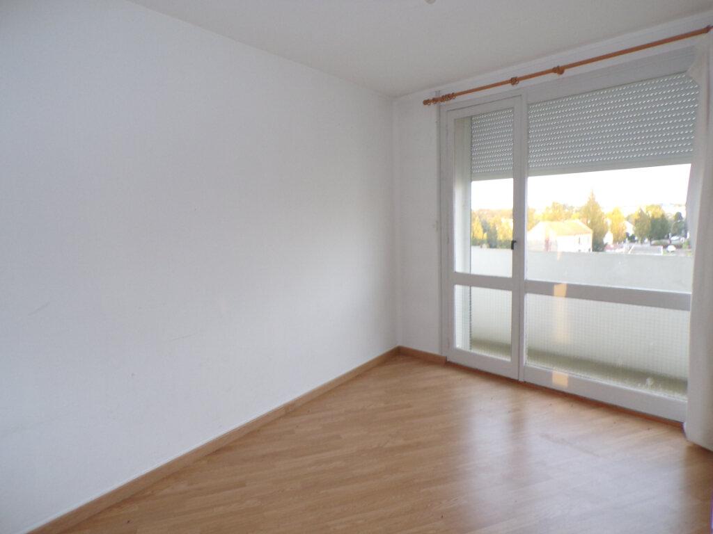 Appartement à vendre 4 69m2 à Laon vignette-5