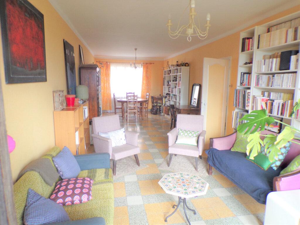 Maison à vendre 7 220m2 à Boncourt vignette-2