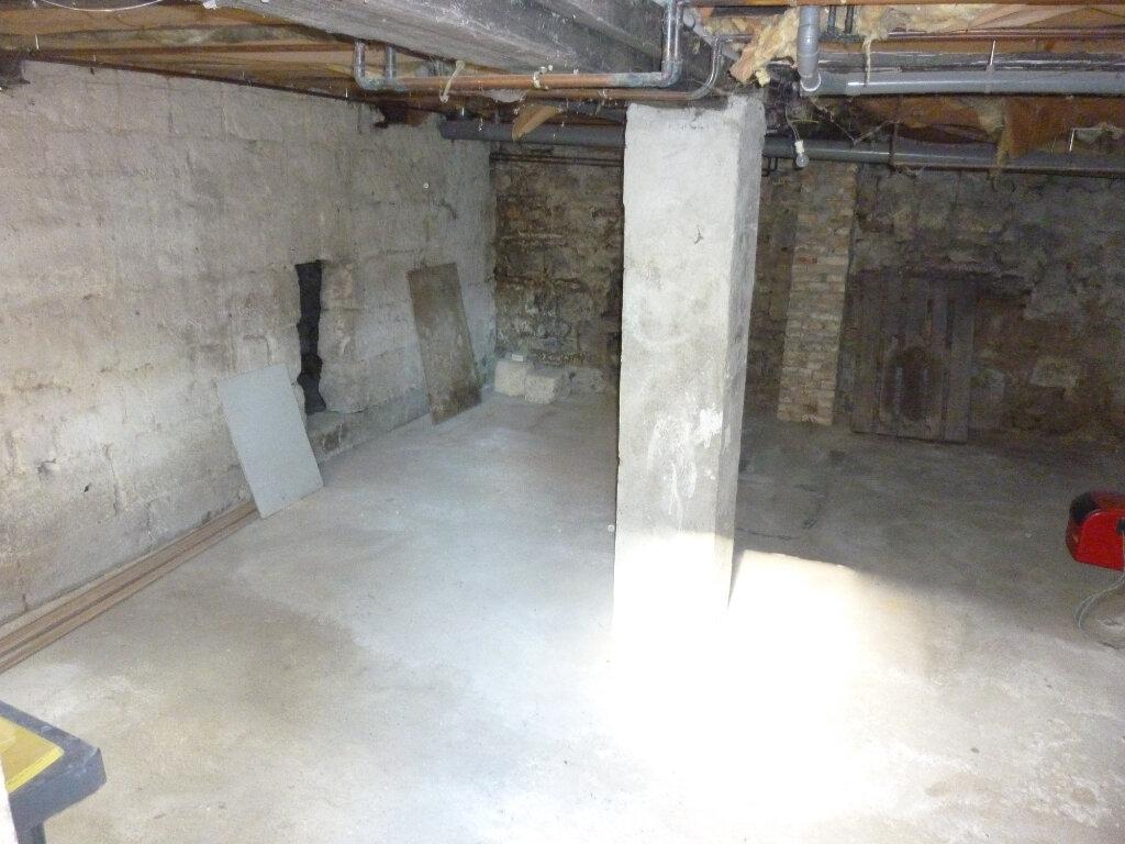 Appartement à louer 4 95m2 à Mauregny-en-Haye vignette-9