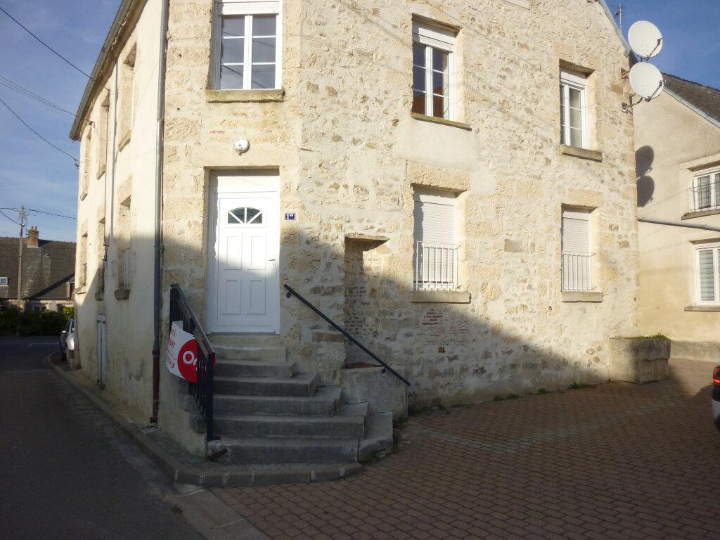 Appartement à louer 4 95m2 à Mauregny-en-Haye vignette-10