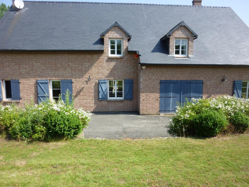 Maison à louer 9 330m2 à Nouvion-et-Catillon vignette-1