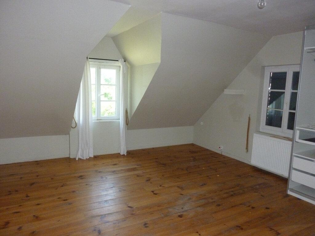 Maison à louer 9 330m2 à Nouvion-et-Catillon vignette-12