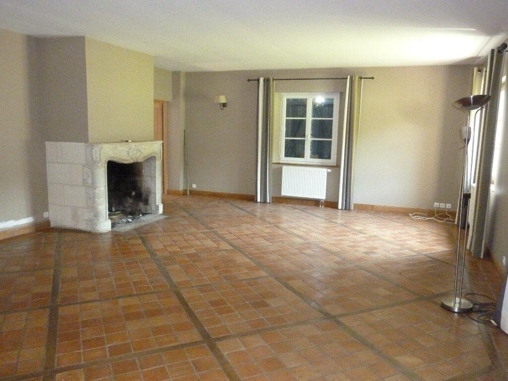 Maison à louer 9 330m2 à Nouvion-et-Catillon vignette-16