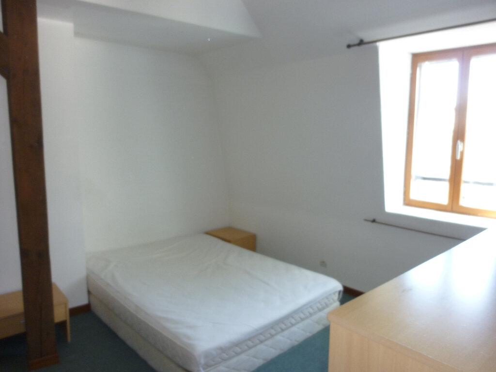 Appartement à louer 2 31m2 à Laon vignette-4