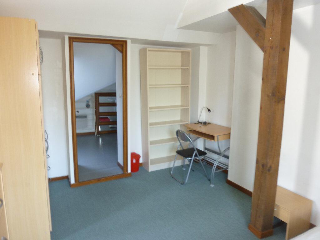 Appartement à louer 2 31m2 à Laon vignette-5