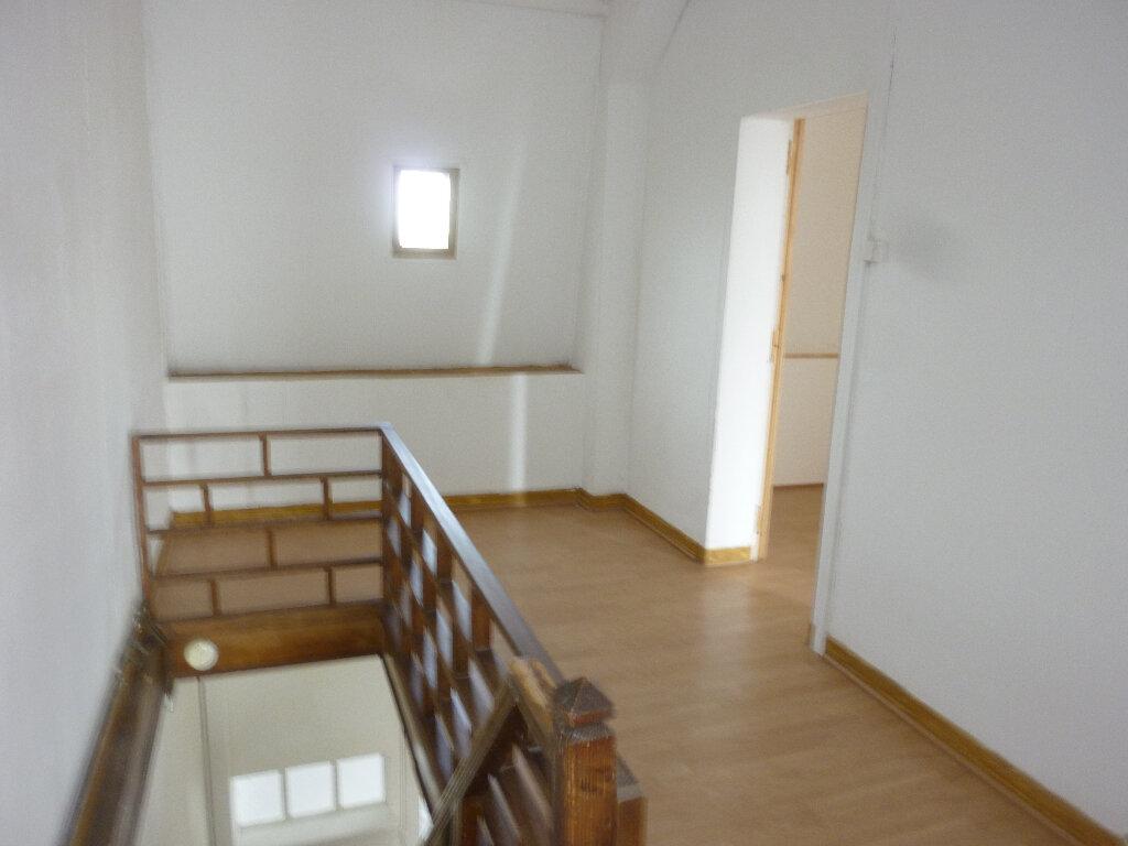 Maison à louer 5 125m2 à Pouilly-sur-Serre vignette-6