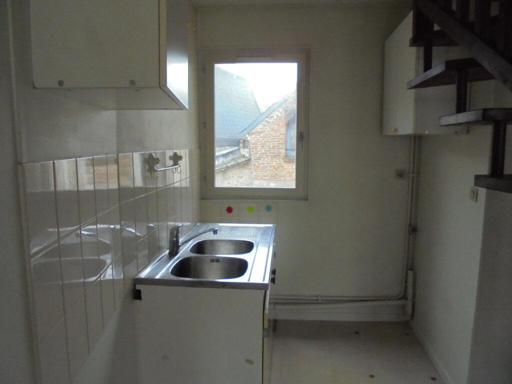 Appartement à louer 2 53m2 à Laon vignette-3