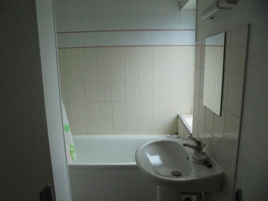 Appartement à louer 2 53m2 à Laon vignette-6