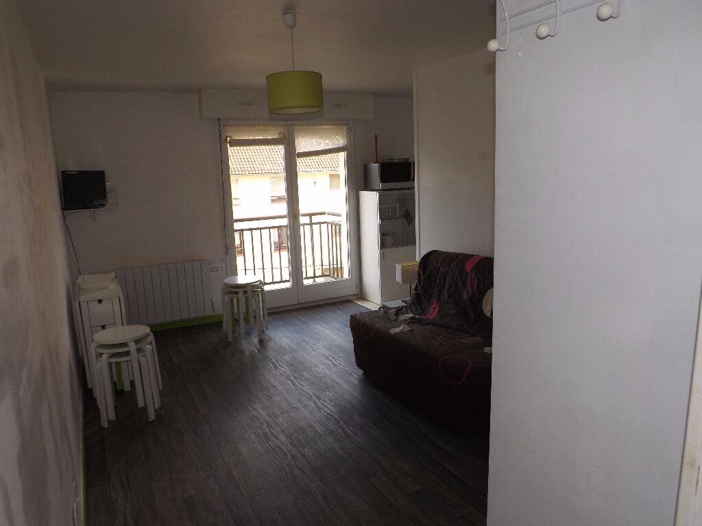 Appartement à louer 1 23.51m2 à Berck vignette-2