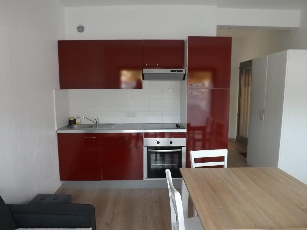 Appartement à louer 2 33.77m2 à Berck vignette-2
