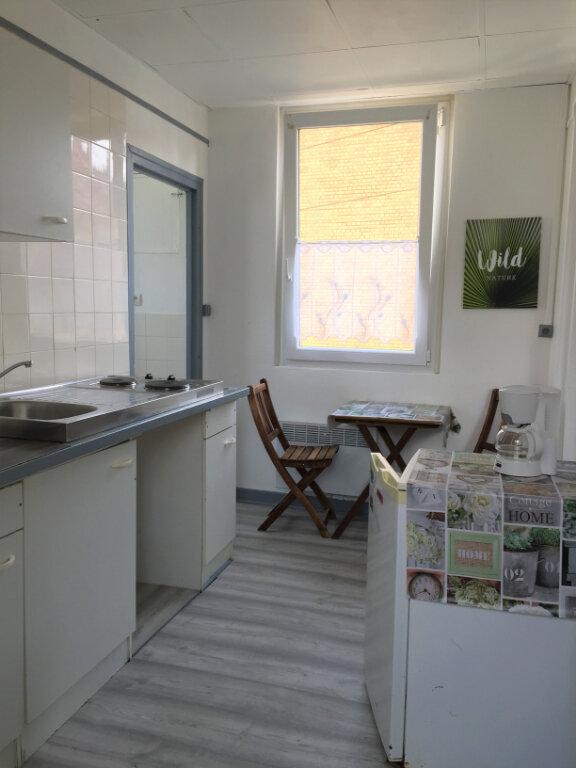 Appartement à louer 1 25m2 à Berck vignette-2